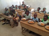Children eating at Maranatha!